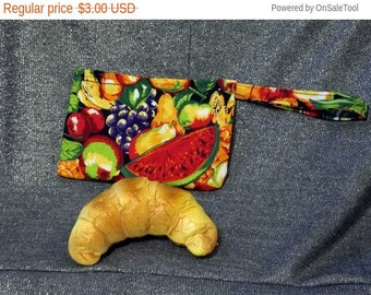 Sale 15% off Reusable Snack Bag, Summer Fruits Print