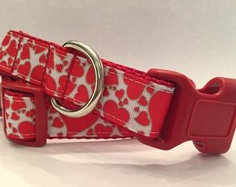 Valentine Heart Dog Collar, In XS, S, M, L, XL, Red Hearts on White