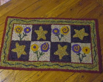 Posies & Stars with Border Primitive Rug Hooking Kit by Sharon Perry