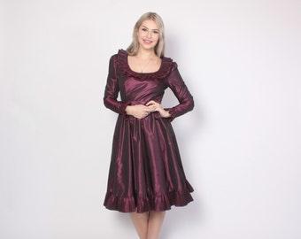 Vintage VICTOR COSTA Dress / 1970s - 80s Plum Ruffled Taffeta Party Dress S - M