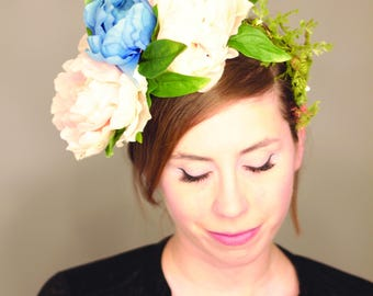 Fairy light flower crown. Blush and baby blue peony blooms with teeny glowing lights  lb001