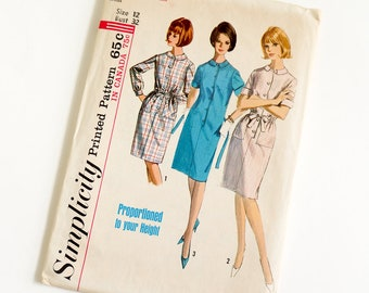 Vintage 1960s Womens Size 12 Shift Dress in Proportioned Sizes Simplicity Sewing Pattern 5878 FACTORY Folds / b32 w25 / Tall Regular Short
