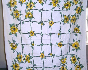 1950s PRINT KITCHEN TABLECLOTH - Yellow Poppies Trellis