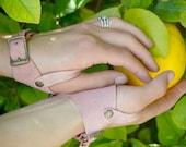 Marauder's Gloves in Light Pink Suede