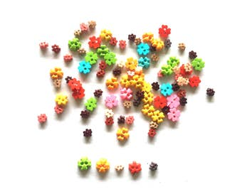 100 pcs mix tiny flower buttons size 3mm and 6 mm