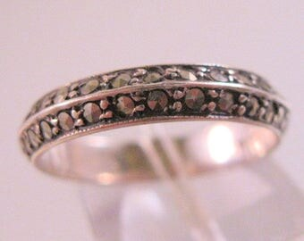 Vintage Estate Marcasite Sterling Silver Band Ring Size 9 Marked SILVER