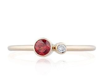 Garnet Diamond Ring, Garnet Birthstone Ring, 14K Gold Garnet and Canadian Diamond Ring, Gift for Her, January Birthstone