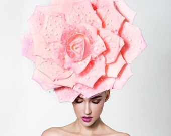 Couture pink rose with polkadots, Pink kentucky derby hat, Oaks day pink Hat, melbourne cup hat
