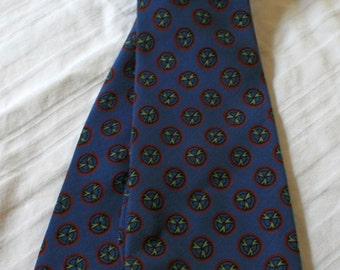 1960s Botany wool necktie wrinkleproof blue with propellar design
