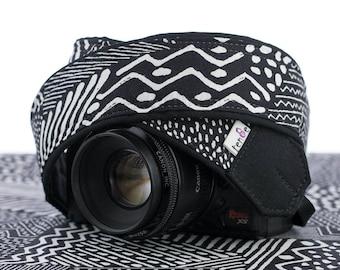 dSLR Camera Strap,  Black and White Tribal, SLR, Geometric, Pocket, Canon, Nikon, Photography Gift, 174 a