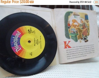 ON SALE A Disneyland Record and Book Pinocchio