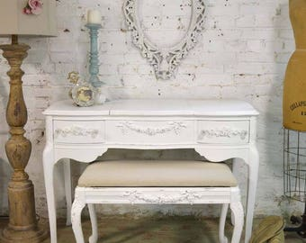 Painted Cottage Chic Shabby French Vanity Stool CHR154