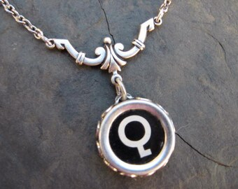 Typewriter Key Necklace - Simple Elegance - Letter Q