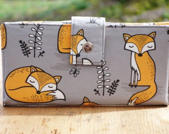 Handmade wallet in gray foxes