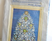 Vintage Paragon Needlecraft Christmas Collection TREE OF PEACE #6429