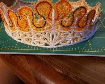 Free Standing Lace Crown/Tiara