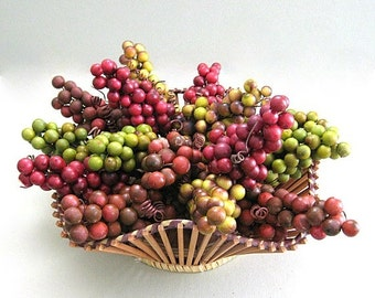 Red Berry Christmas Berry Decor Craft Berry Grape Cluster Floral Pick Artificial Berry Green Artificial Fruit Decor Vintage Berry Wreath
