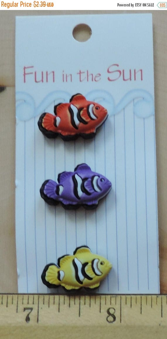 SALE Clown Fish Buttons Fun In The Sun Collection by Buttons Galore Carded Set of 3