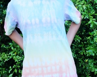 Pastel Tie Dye Shirt Hippie Tshirt Unisex T-shirt Blue Festival Clothing Trippy Psychedelic Bohemian Clothing