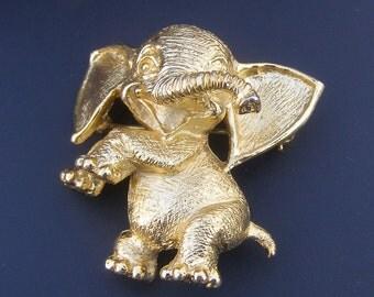 Vintage Crown Tirfari Figural Gold Tone Elephant Brooch Jewelry