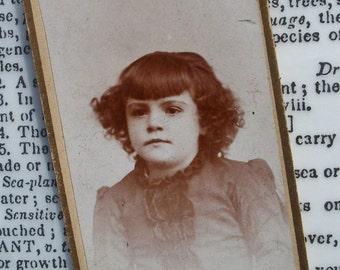 Mini CDV Photo Card - Minnie, Self Assured Girl