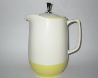 Vintage 1950s Pitcher / 50s Insulated Pitcher Server / 50s Ivory & Yellow Plastic Pitcher / 50s Vacron Vacuum Server By Bopp-Decker