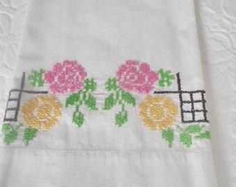 Vintage Pillowcases Floral Crosstitch Embroidery Farmhouse Cottage Fresh