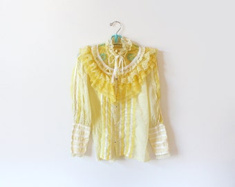vintage blouse 60's yellow lace ruffle rockabilly western satin trim dolly parton 1960's womens clothing size medium m