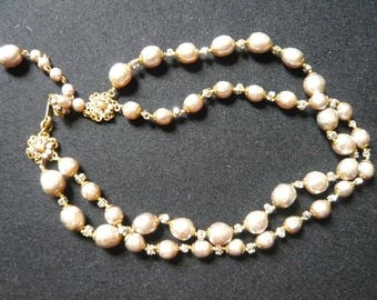 VINTAGE MIRIAM HASKELL pearl necklace