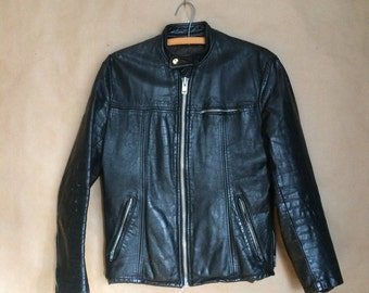 vintage 1970's 70's black leather jacket / distressed condition / Coronet Leathers Montreal Canada / motorcycle jacket / biker / cafe racer
