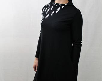 Black Long Sleeved Mock Neck Dress with Pockets Grey Feather Print