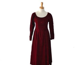 60% off sale // Vintage 70s Juliet Crimson Red Velvet Party Dress - Women XS Small - holiday, Christmas dress