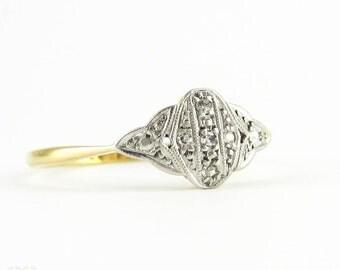 Art Deco Diamond Ring, Circa 1920s Diamond Encrusted Floral Design Engagment Ring. 18ct PLAT.
