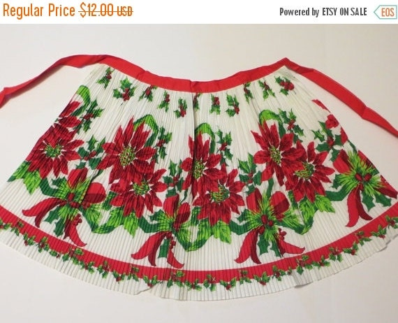 ON SALE Vintage Border Print Apron-Christmas-Poinsettia-Pleated-ORIGINAL Paper Tag