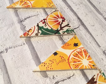 Decorative Decoupage Wooden Bunting using Marmalade & Holly Wreath Emma Bridgewater