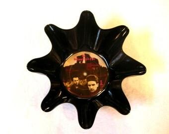 U2 Record Bowl Made From Repurposed Vinyl Album - Bono, The Edge