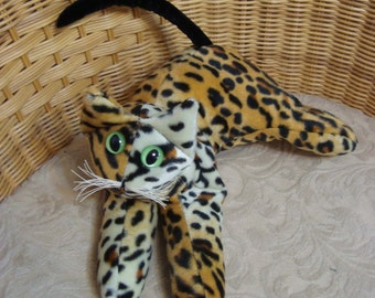 Leopard Collectible Cat