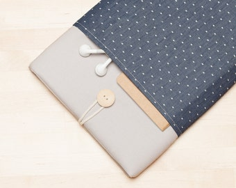 "Macbook pro 15 sleeve, 15 inch Macbook case, 15"" macbook pro retina cover, macbook 15 sleeve - Blue dots in grey"