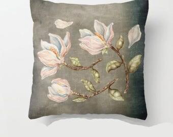 """Pillow ....""""""""  Magnolie """""""" Print Art Pillow - woodland fine art -living room - childrens room - nursery - babies -"""