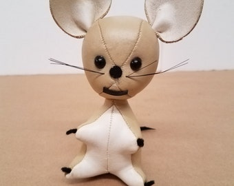 Vintage Vinyl Dream Pets Mouse