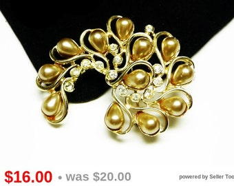 Goldtone Pearl & Rhinestone Brooch - Desinger Signed Sarah Coventry - Comma Shaped Vintage Pin