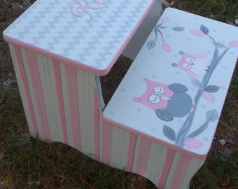 Pink Owls, Step Stools children,Personalized free, Bathroom Stool, Girls Room. Pink and Grey, Nursery Decor,Kids Stools, Benches