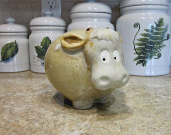 Vintage Pottery Cow Figurine   Country French Kitchen   Farm Animal   Happy  Bull/Cow