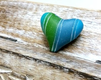 Turquoise Green Statement Heart Bead, Hand Textured Heart bead, Clay Heart bead, Dotted Heart Bead, Handmade Beads Shop, Polymer Clay Beads