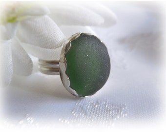 Green Beach Glass Sterling Silver Ring - size 6-1/4