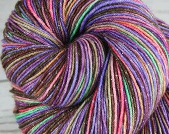 CHESHIRE CAT: Superwash Merino Wool-Lurex Sparkle - Fingering / Sock Weight Yarn - Hand dyed sock yarn - Variegated - Alice in Wonderland