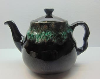 Vintage Royal Canadian Art Pottery Teapot, Royal Dripless Teapot