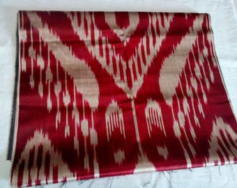 Uzbek traditional woven red silk ikat fabric 140cm. F010