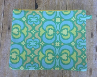 Large Zipper Pouch - Green Amy Butler Fabric - Zippered Clutch - Large Wristlet - Large Pencil Pouch
