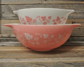 Vintage Pink Gooseberry Pyrex Collection Set